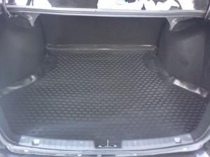 Коврик на дно багажника